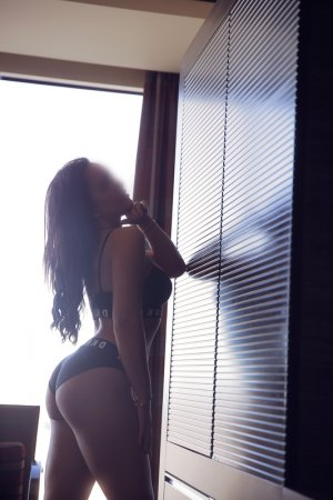 Marie-ambre escort girls
