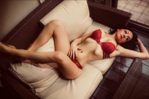 Manoela escorts in Gages Lake Illinois