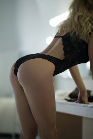 Lygie escort in Central Louisiana